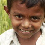 I bambini con le orecchie a sventola piacciono di più