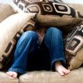 Posture inquietanti? La paura trasmessa dalla posizione del corpo ci mette le ali ai piedi