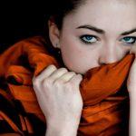 Psicologia e olfatto: l'odore di un capo indossato dal partner placa l'ansia